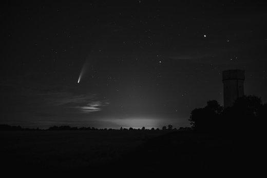 comet-neowise-5408666_1280.jpg